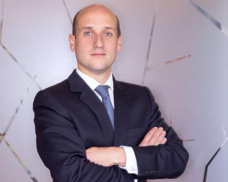 Alfonso Ugarte De Baraona Responde El Cuestionario Lexlatin Lexlatin