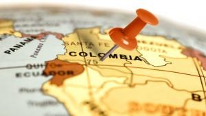 Santos pide ante Corte Constitucional sea aprobado el plebiscito por la paz