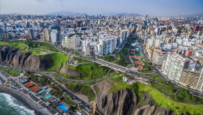 Andersen establece alianza con Picón en el Perú