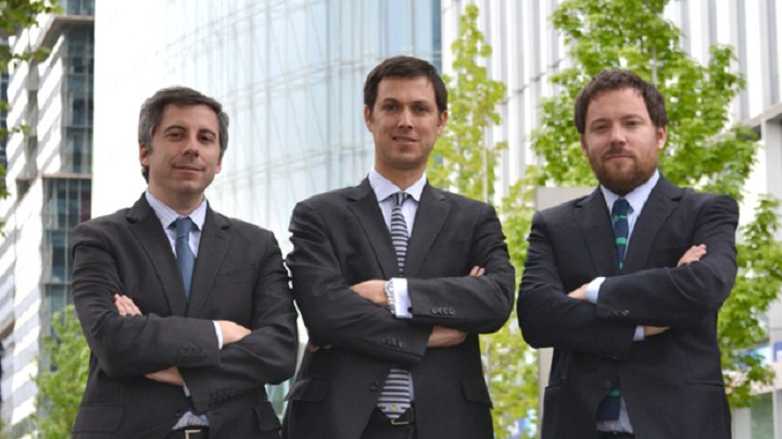 De izquierda a derecha: Santiago Ried, José Joaquín Ugarte y Pablo Correa. Cortesía de UR+C.
