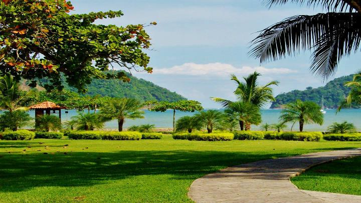 Consortium Legal y Zürcher, Odio & Raven en venta de hoteles Marriott en Costa Rica por parte de Cuestamoras