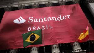 Qatar Holding vende acciones del Santander Brasil con apoyo de seis despachos