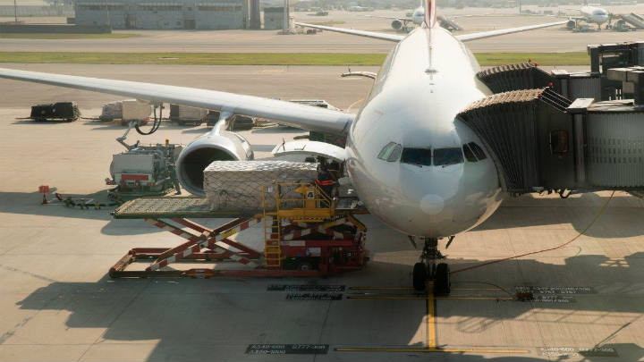 Cargolux reinicia vuelos regulares entre Quito y Luxemburgo con asesoría de FERRERE