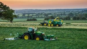 Tres firmas asisten a Deere & Company en adquisición de Wirtgen en Brasil
