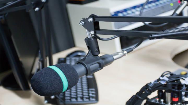 Concluye venta y transferencia de radioemisoras de Grupo Bezanilla a Megavision